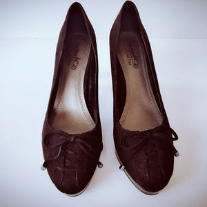 Coach Black And Four Heels Suede Heels Pumps 6.5M